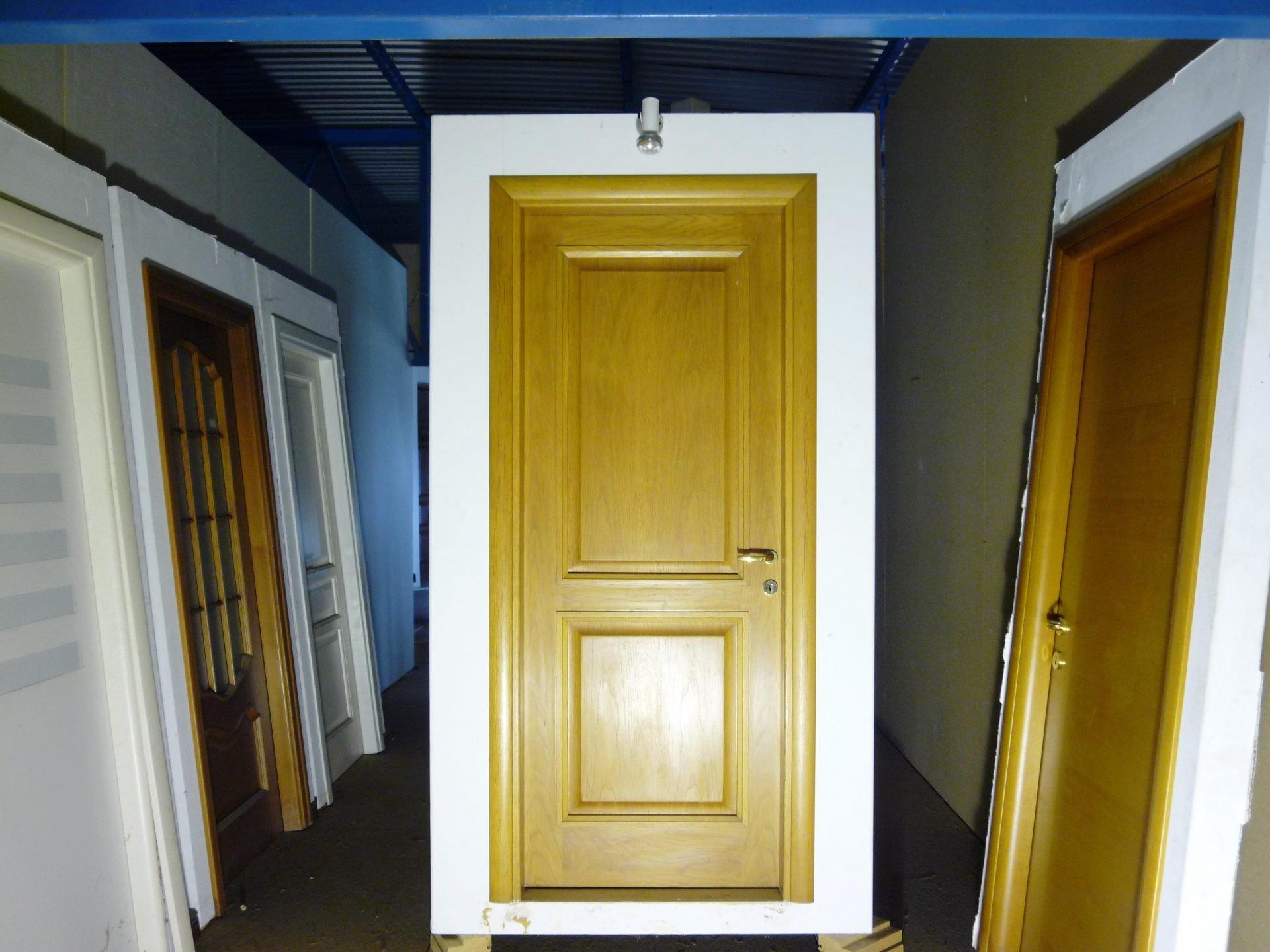 Ξύλινη εσωτερική πόρτα