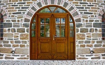 ξυλινα κουφωματα -> Ξύλινες πόρτες